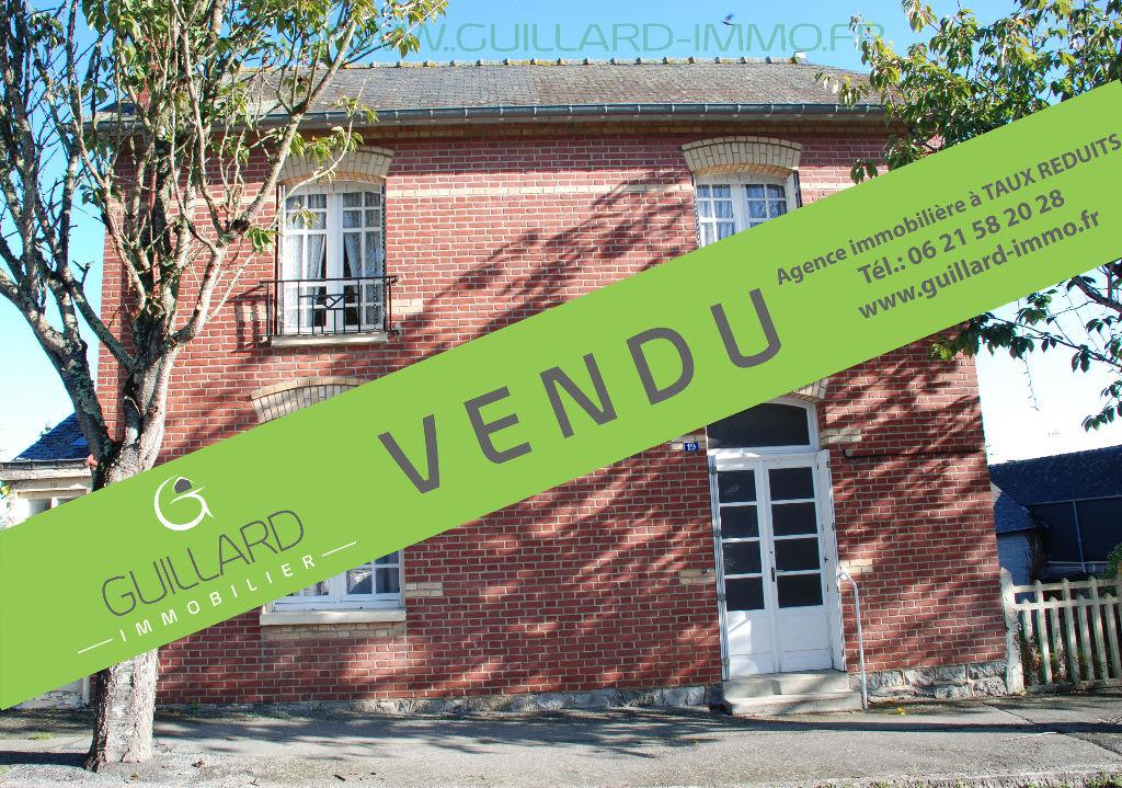 Maison Chateaugiron centre bourg- 507 m² terrain