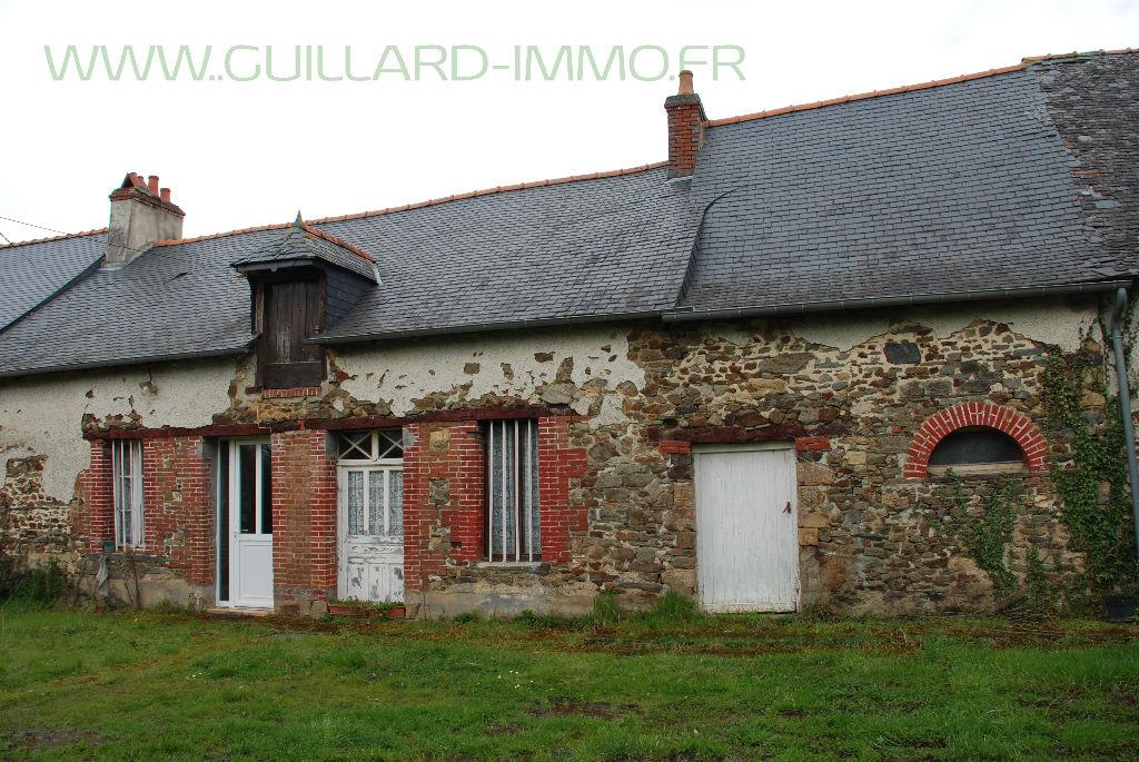 Longère à rénover - 149 m²  - terrain de 4 600 m² à 5 mn de Châteaugiron