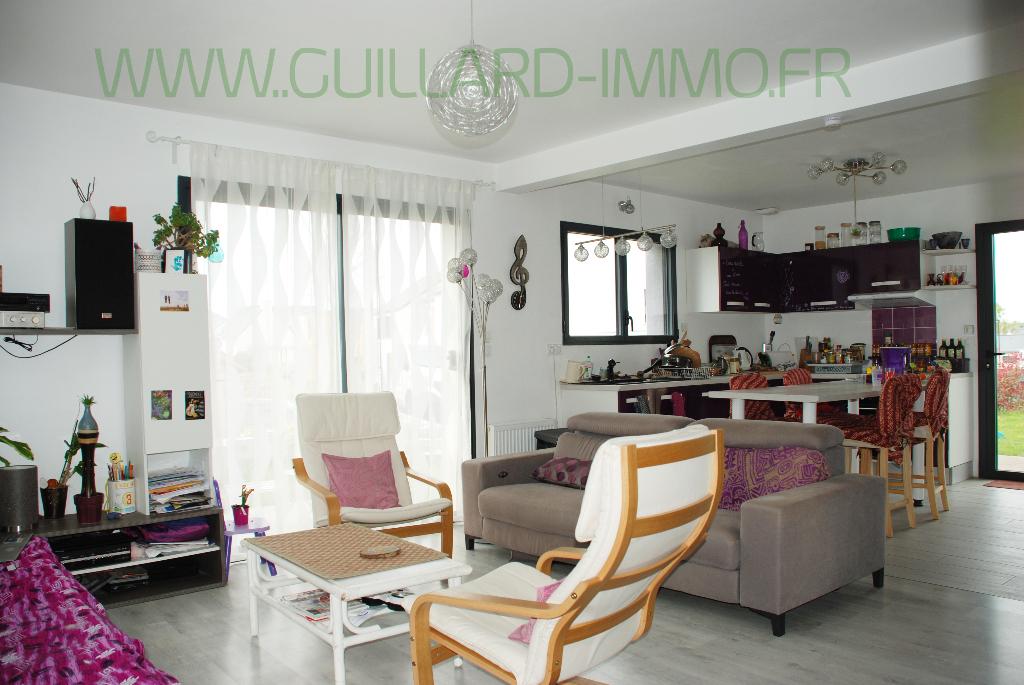 Maison 2015 Châteaugiron- 4 chambres- 107 m²- terrain 415 m²